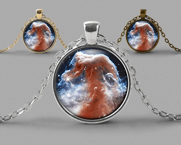 Astrology jewellery pendant necklace of Horse Head nebula